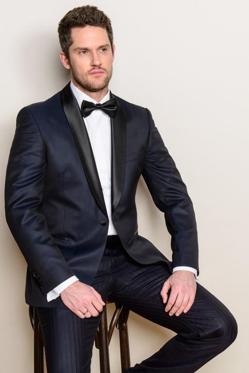 Ob klassisch oder extravagant, auf jeden Fall immer elegant! Massbekleidung von NC LANGE & Bowfolders