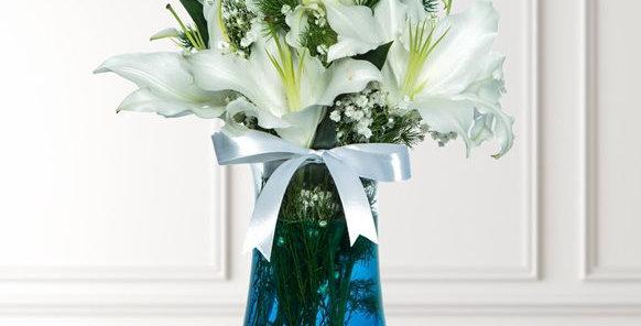 Paşabahçe Vazoda Beyaz Lilyumlar