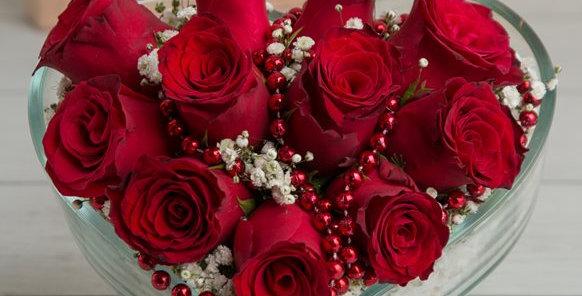 Kalpli Camda 11 Kırmızı Gül