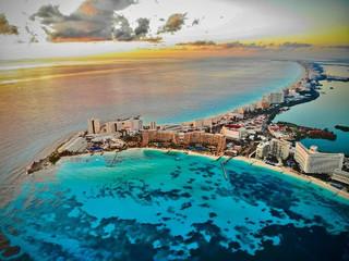 Cancún lidera las búsquedas de los americanos para este verano