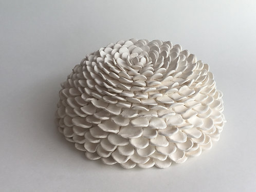Porcelain Zinnia - made to order (3-4 weeks processing time)