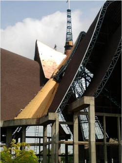 colocao-das-telhas-de-cobre-onde-j-foi-concludo-1-de-4-arcos_6841974637_o