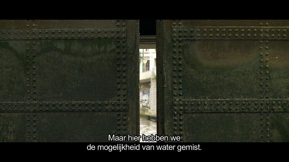 Documentaire de création, 21 min., 2:35 HD couleur. Ecriture et réalisation d'un film pour la Fondation de l'Architecture à Bruxelles. Festival Archi-Féminins, octobre-décembre 2011 au CIVA.