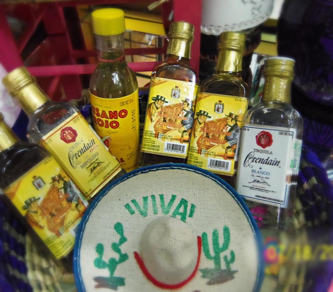 MTT. Tequila y mezcal en miniatura.