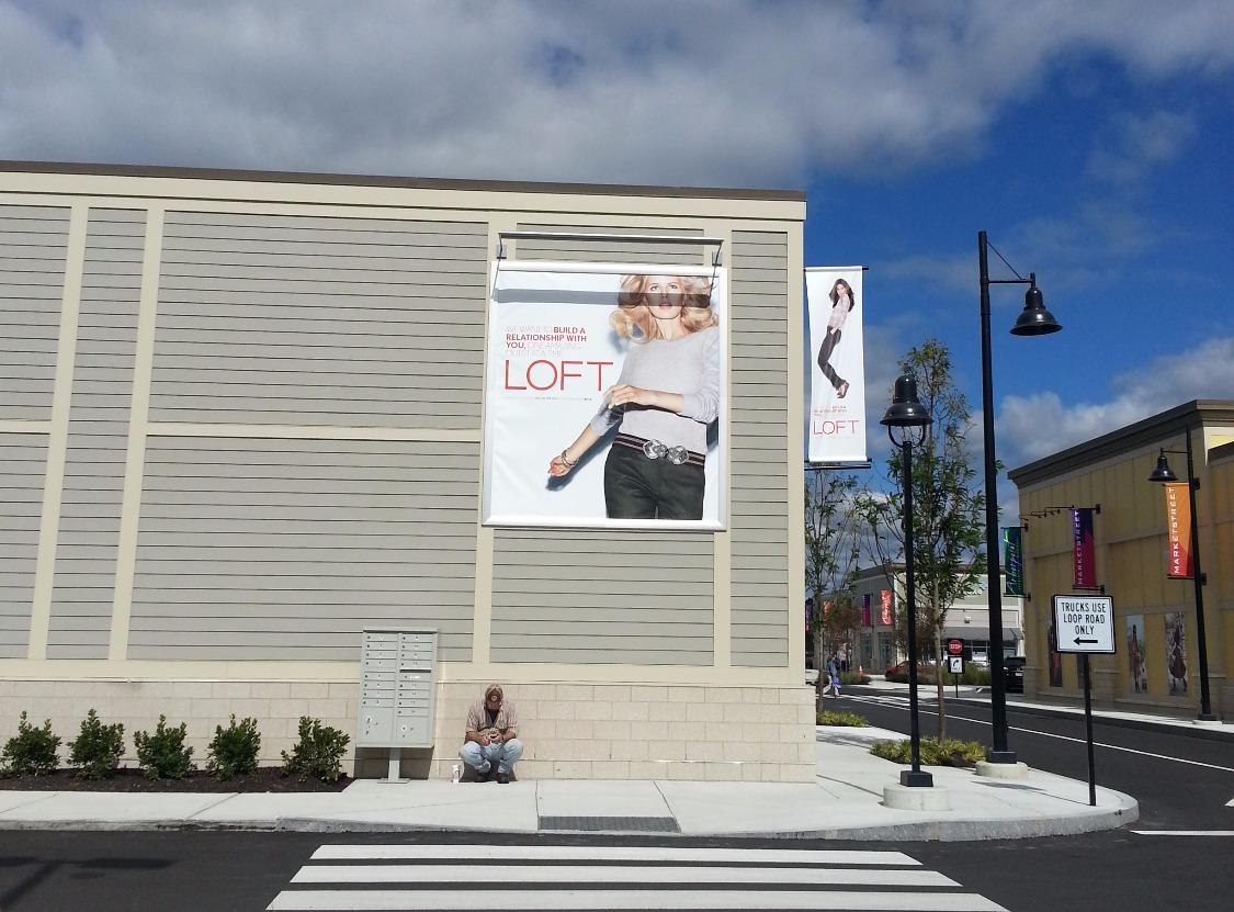 Loft Store Banner Frame