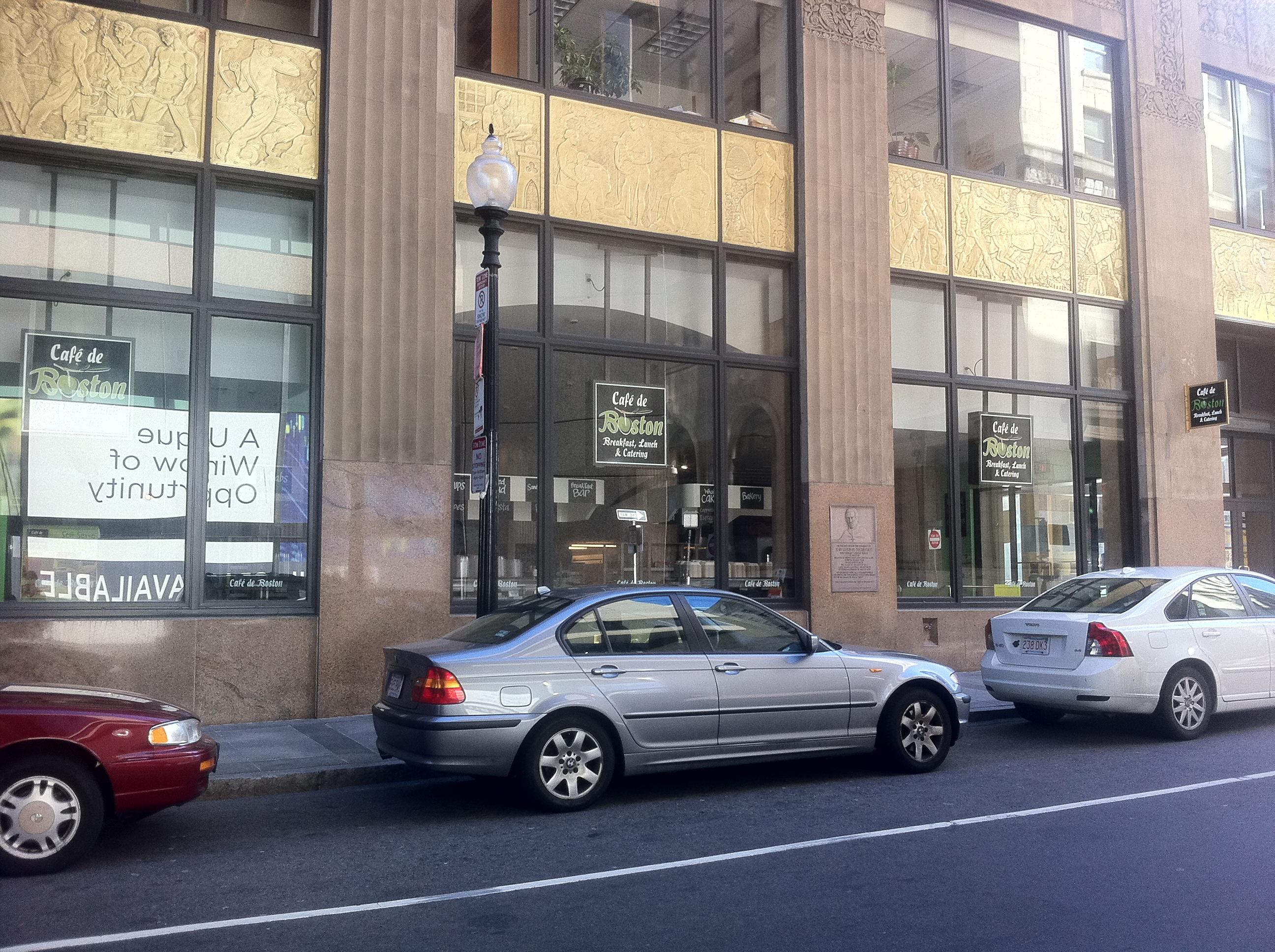 Cafe De Boston Lightbox & Blade Sign