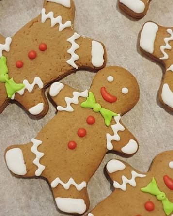 120 little gingerbread men all lined up