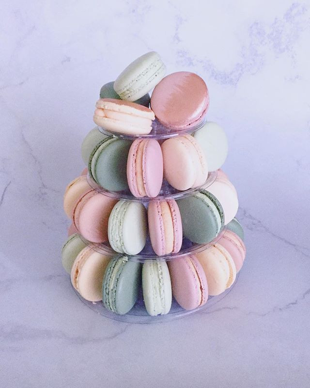 SMALL MACARON TOWER__Looking for a way t