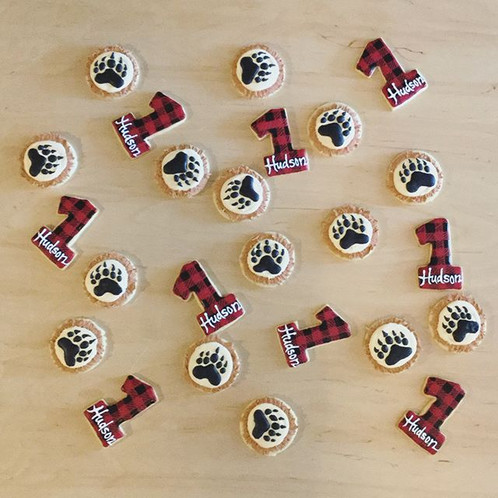 HUDSON'S LUMBERJACK COOKIES AND MACARONS