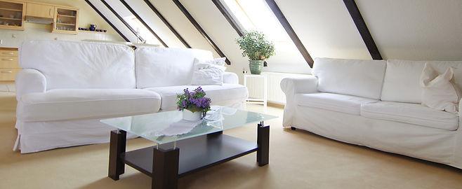 Bild vom Wohnzimmer der Ferienwohnung Kyffhäuserblick - Jetzt Ferien am Kyffhäuser machen