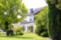 Außenaufnahme vom Haus, in der sich die Ferienwohnung befindet | Ferien - Kyffhäuser