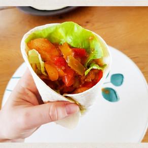 Fajitas au poulet, poivrons et guacamole