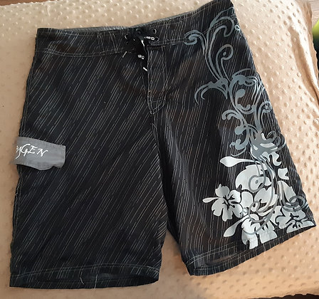 Oxygen Surf Shorts (Size L)