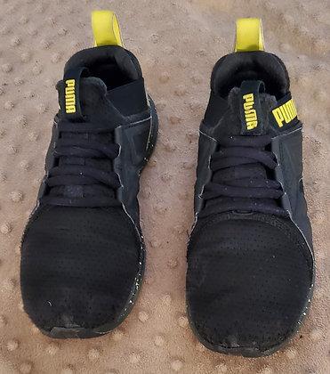 Puma Black & Yellow Runners