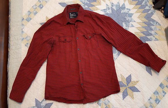 American Eagle Red Checkered - Size M