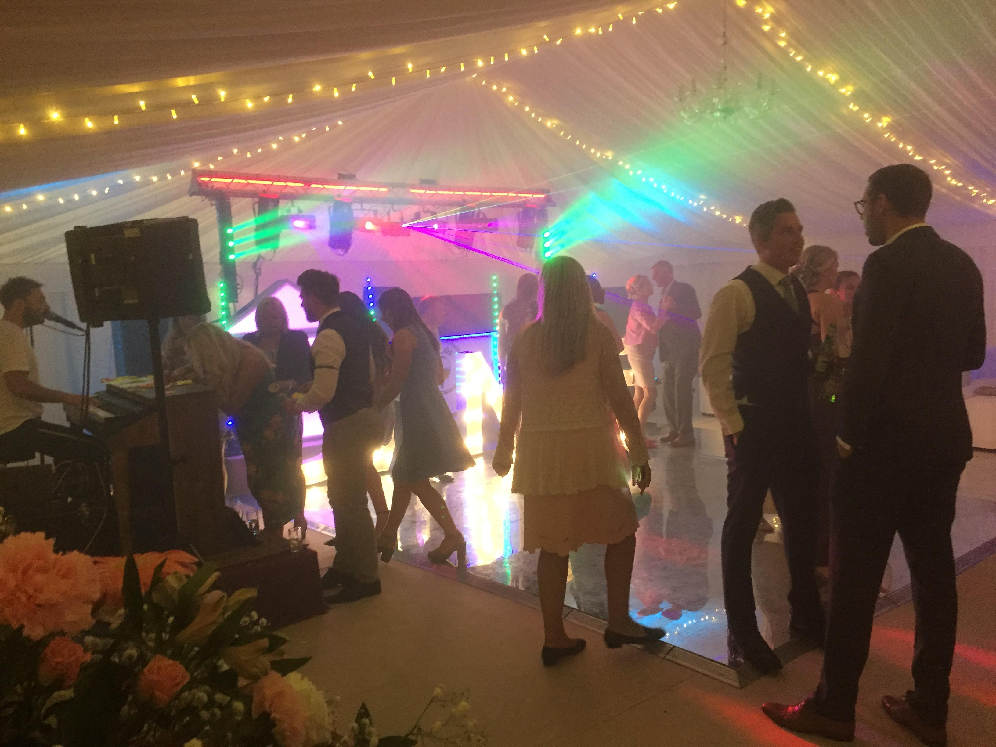 Bulge-disco-weddings-2018