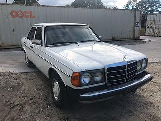 1982 Mercedes-Benz 300D, W123