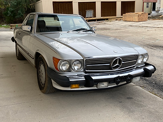 1988 MERCEDES-BENZ 560SL, R107