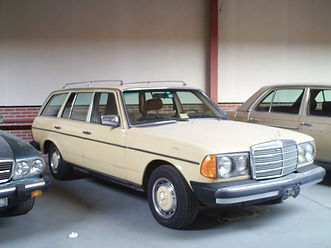 1981 MERCEDES BENZ 300 TDT