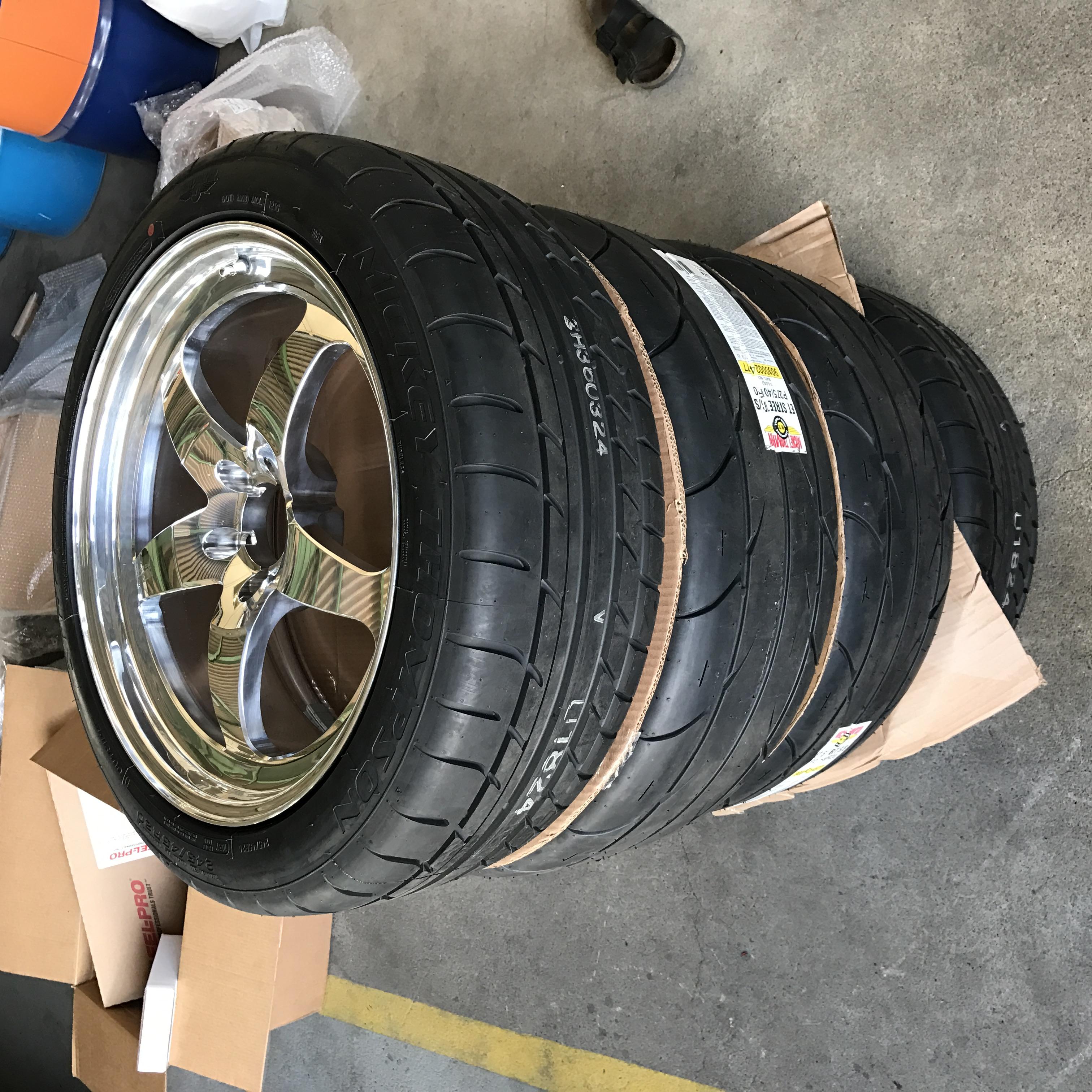 各種ホイール・タイヤ・輸入パーツ