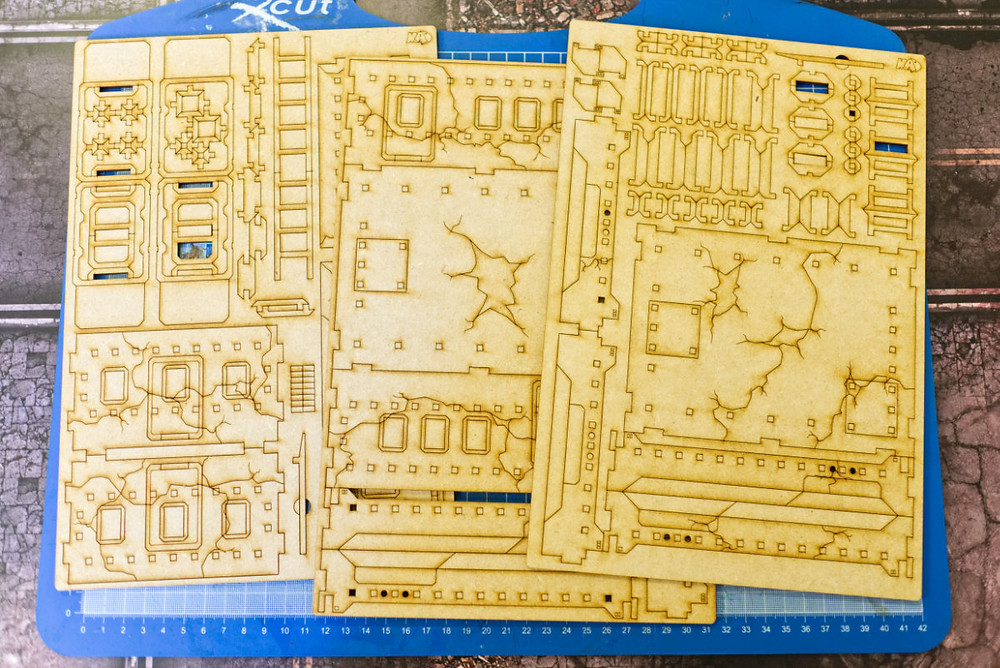 A ruined hab block, in sprue form