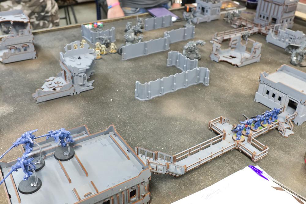 Buildings and walkways make the battlefield varied and fun