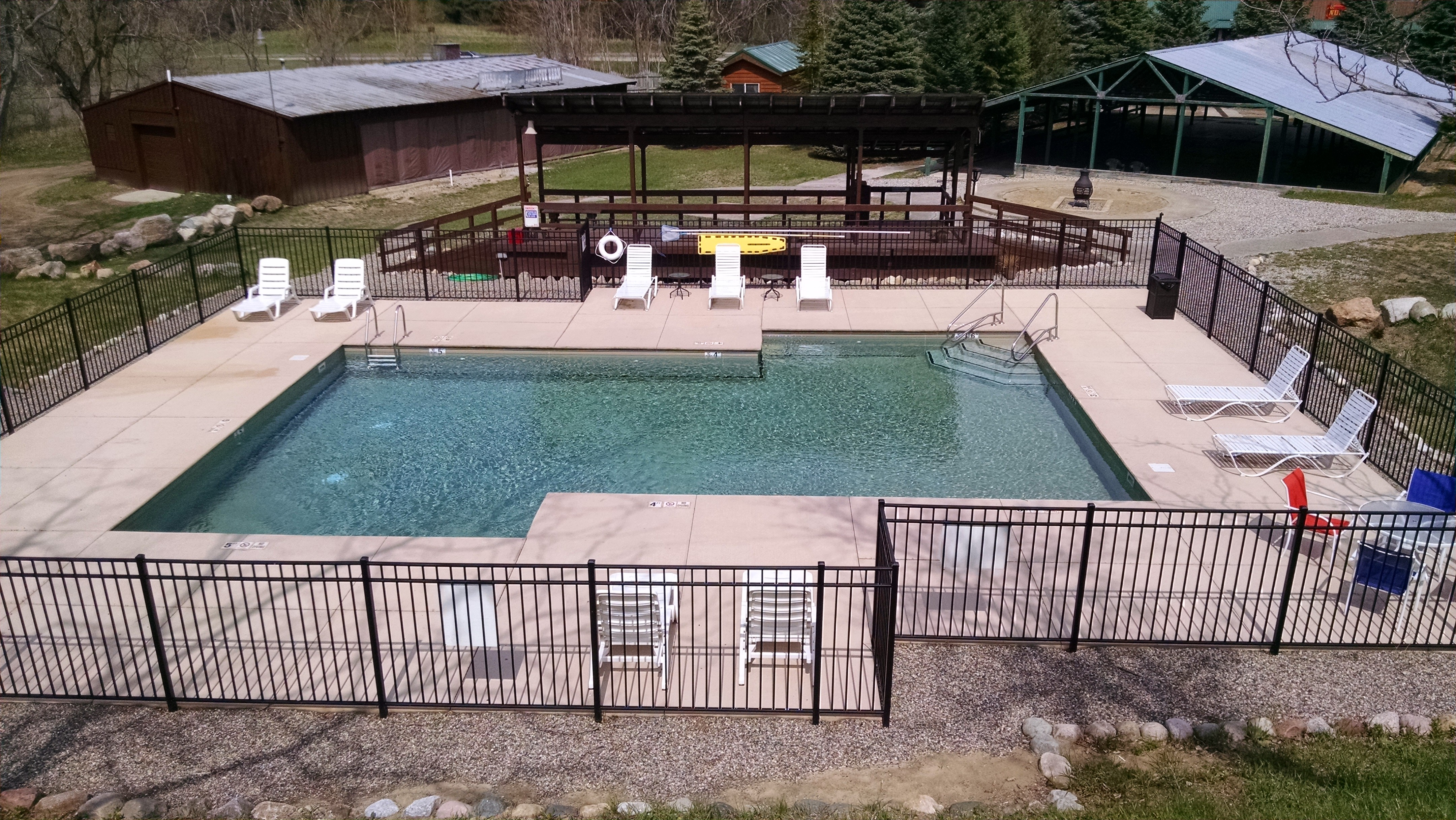 Commercial fiberglass pool