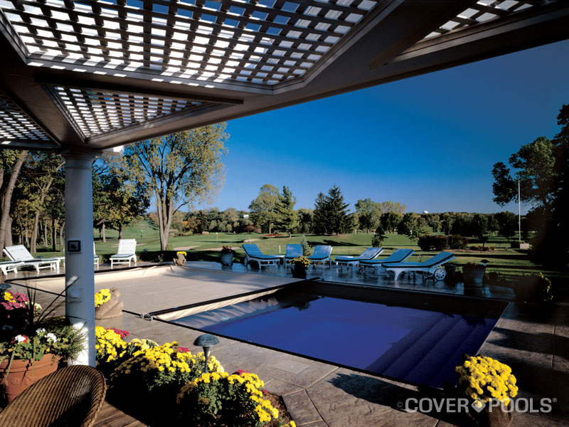 Cover Pools Automatic Swimming Pool Cover.jpg