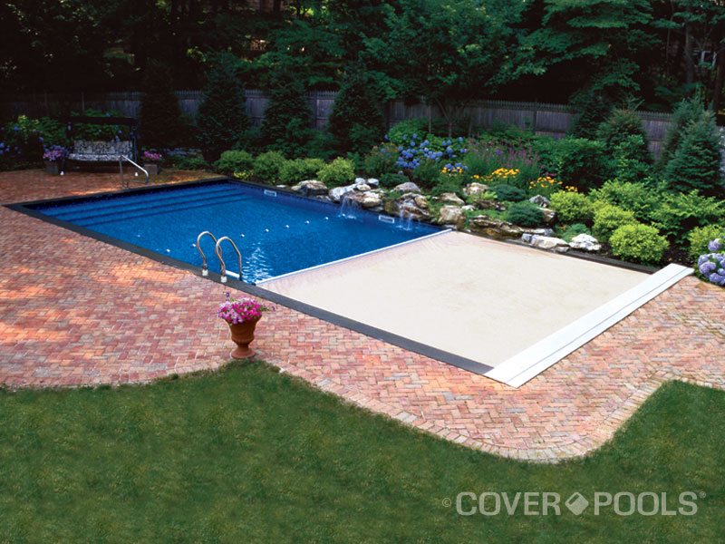 Automatic Pool Cover.jpg