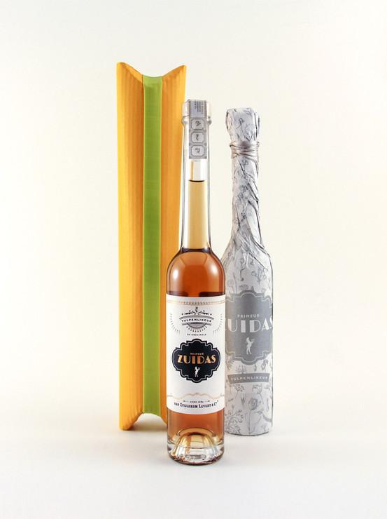 Tulip liqueur packaing with elastic band