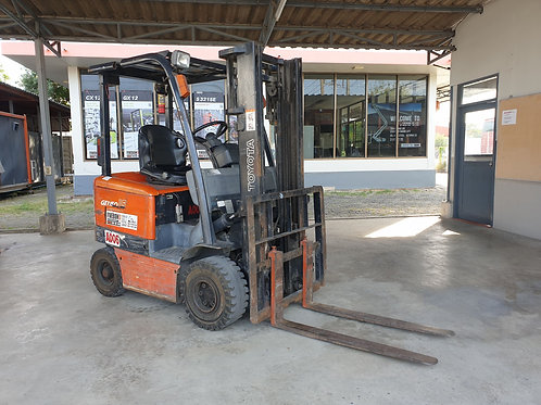 (A006) ELECTRIC FORKLIFT TOYOTA 6FB15