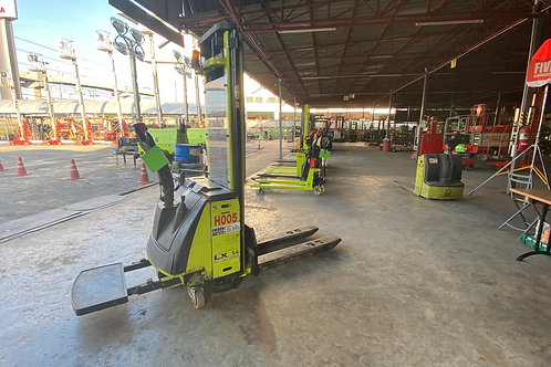 (H005) ELECTRIC STACKER  1.4 T.