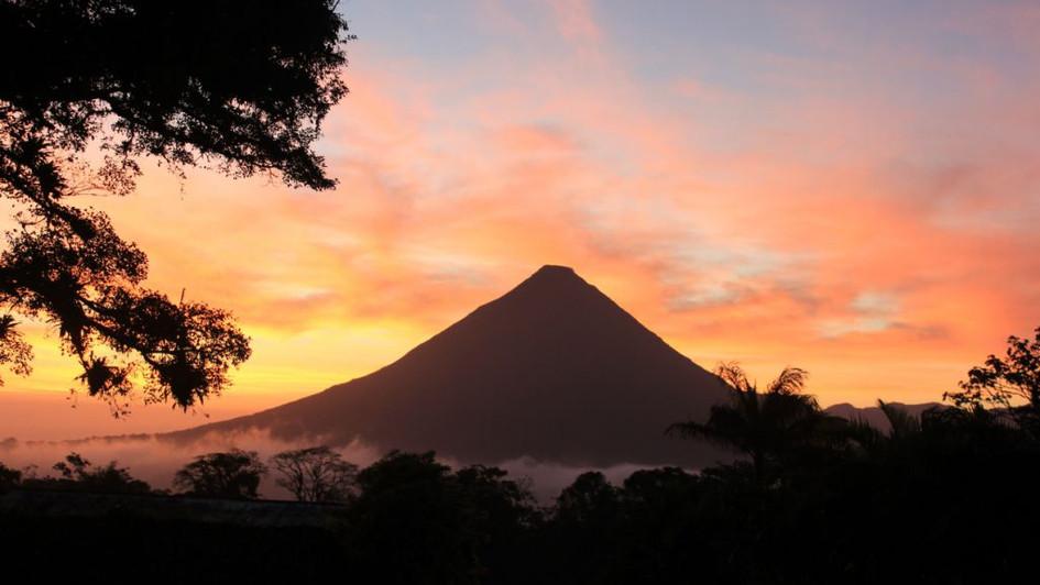Levée de soleil Volcan Arenal