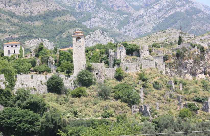 Ruines Staribar