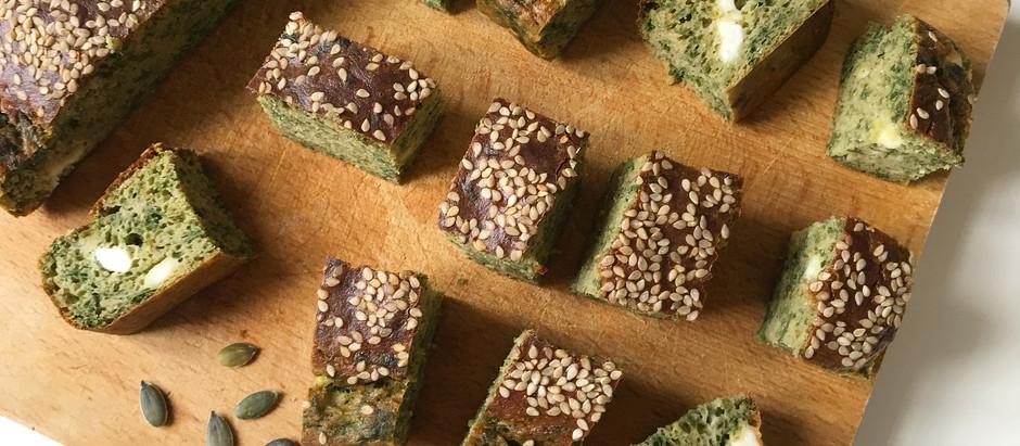 Cake au pesto et graines de sésame