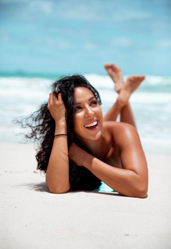 Liana Veda Fitness liana beach pic