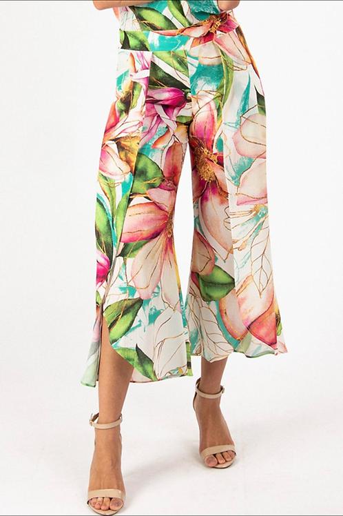 Capri-style Pants - Hibiscus Print