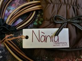 Nània