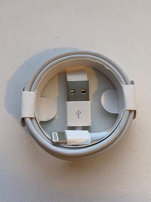 iPHONE & iPAD LIGHTNING USB CABLE