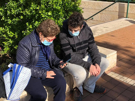 Teens and Seniors Connecting Safely During the Pandemic