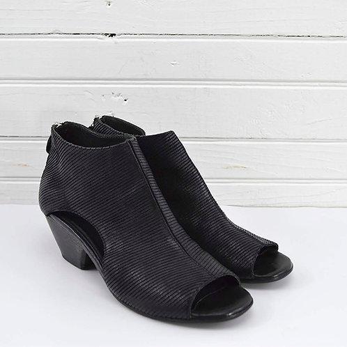 Moma 'Lazer' Gladiator Sandal #170-475