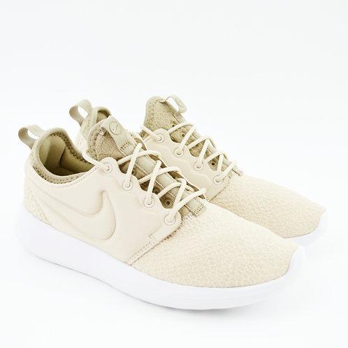 Nike W Roshe Two SE Sneaker #123-365