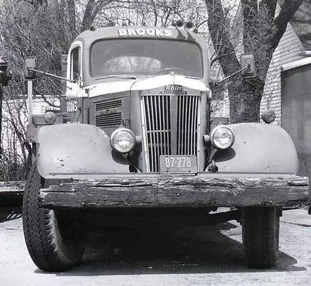 Brooks Rigging Pickup Truck