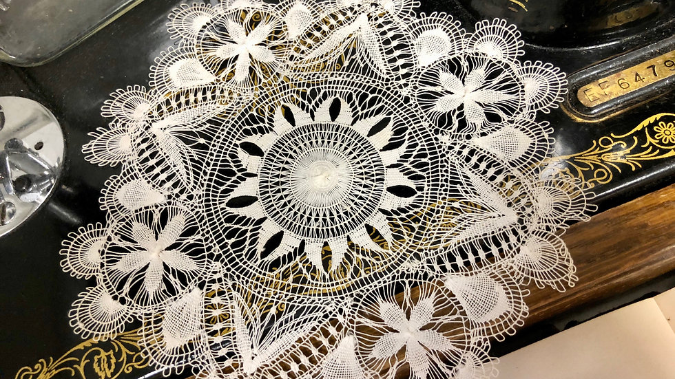Stunning Delicate Handmade Lace Doily - Perfect Vintage Condition