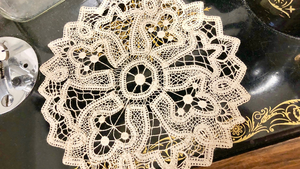 Gorgeously Delicate Handmade Lace Doily - Perfect Vintage Condition