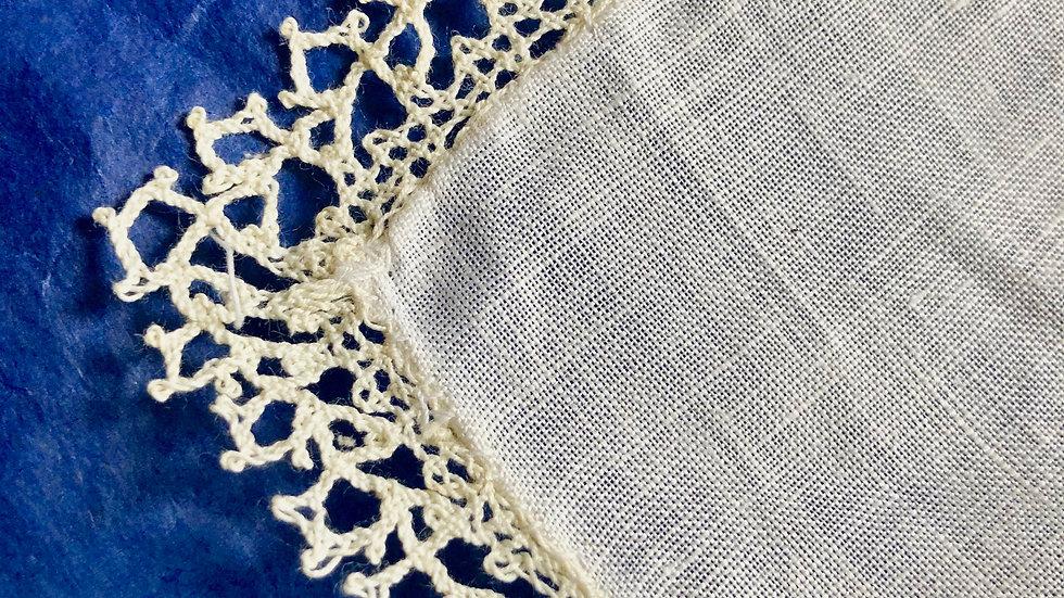 Handmade Bedfordshire Lace Handkerchief - unused