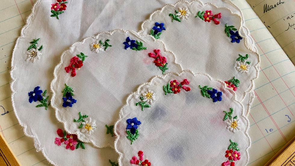 Vintage Table Mats - Embroidered Floral Designs