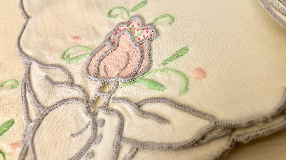 4 Vintage Ivory Tea Napkins - Machine Embroidered