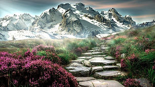 mountain-landscape-2031539_1280_edited.j