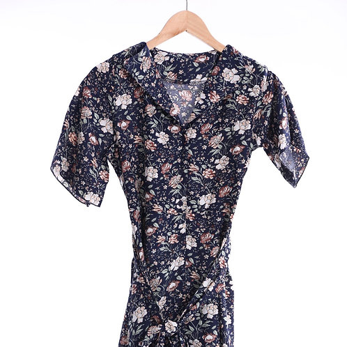Floral Pattern One-piece Dress - 碎花圖案連身裙